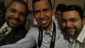Daniel Tadeu (valeu pelo convite!), Renato e Leandro Leão.
